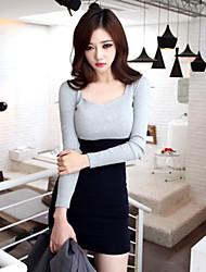 Las mangas largas de las mujeres, juego de vestir