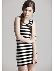 Verão das Zoely Mulheres Rodada Neck Black-White Stripe bolso do colete vestido 101121L085