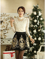 Mujeres DOWISI Fashion Lady V Imperio Cuello Cut Out Lace Terry White T Shirt