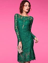 Color sólido de la envoltura del cordón del vestido de las mujeres atractivas del