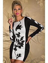 Mini vestido con mangas de las mujeres de moda de largo con las hojas Modelo
