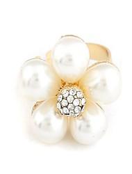 Pretty Flower Design-Legierung mit Perlen-Ring (weitere Farben)