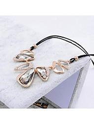 Women's Fashion   Cut  Glass  Short Necklace