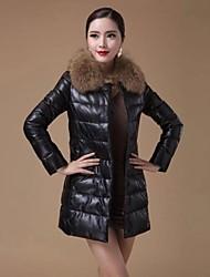 Genuine casaco de pele para baixo das Zijindiao ® Mulheres com Raccoon Fur Collar