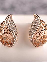 Lucky Doll Women's Gold Cut Out Diamond Earrings