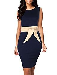 mini vestido redondo de la mujer con cinturón