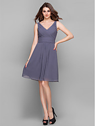 Cocktail Party / Prom / Holiday Dress - Short Sheath / Column V-neck Knee-length Chiffon with Criss Cross / Ruching