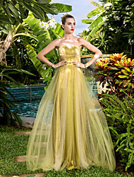 Prom / Military Ball / Formal Evening Dress - Gold Plus Sizes / Petite Sheath/Column Sweetheart Court Train Tulle
