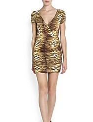 Frauen-Leopard-Korn Sexy rückenfreies Kleid mit V-Ausschnitt Low-Paket-Hüfte-Rock