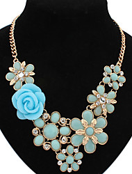 Welly Women's Flower Gem Temperament Necklace
