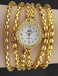 Mulheres Relógio de Moda Quartz Metal Banda Relógio de Pulso / pulseira Prata / Dourada
