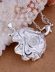 яркие женские вырос серебряной пластине кулон