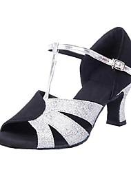 Non Customizable Women's Dance Shoes Velvet / Paillette Velvet / Paillette Latin Sandals Low Heel Professional Black
