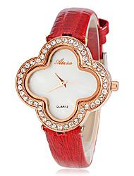 Women's Fashion Diamond Quatrefoil Design Dial Leather Band Quartz Wrist Watch (Assorted Colors)