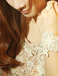 Pure Daisy White Lace Sweet Lolita Pulsera con anillo de la flor