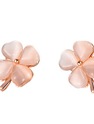Daisy Women's Fashion Opal Clover Earrings