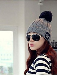 Outdoor Women's Fashion Warm Wool Pentagram Hairball Cap