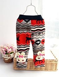 arco ragazzo pantaloni della ragazza