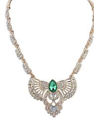 Women's EU&US Noble Lady Elegant Rhinestone Eagle Pendant Necklace
