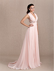 TS Couture® Formal Evening / Black Tie Gala Dress Plus Size / Petite A-line / Princess Cowl Court Train Chiffon withAppliques / Beading / Sash /