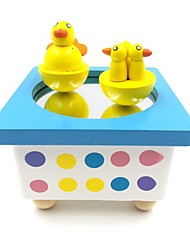 Wooden Magnetic Wind Up Music Box with Dancing Ducks
