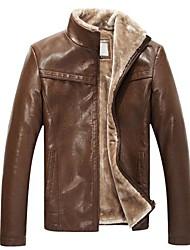 homens com casaco de couro de pele de espessura