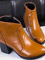 Shoe Show chaussures de mode pour femmes bout rond bottes talon épais de la cheville