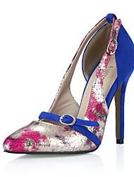 bombea los zapatos de las mujeres en punta tacón de aguja con hebilla de zapatos de dedo del pie