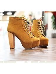 botas curtas moda cordão de salto grosso marrom