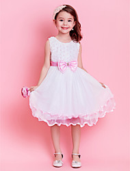 A-line/Princess Knee-length Flower Girl Dress - Lace/Tulle Sleeveless