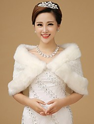 Fur Wraps / Wedding  Wraps Shrugs Sleeveless Faux Fur White Wedding Feathers / fur