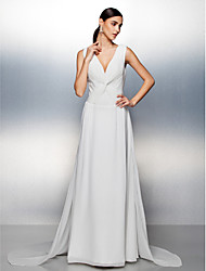 Formal Evening Dress - Ivory Plus Sizes / Petite A-line V-neck Court Train Chiffon