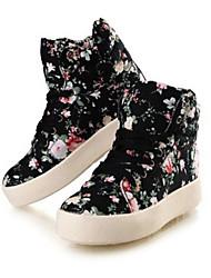 pattini delle donne di conforto tacco basso sneakers di tela moda scarpe più colori disponibili