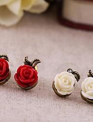 Vintage petites roses en plastique alliage boucles d'oreilles