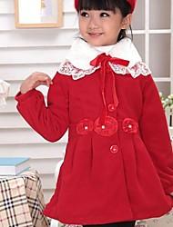 Les modèles en cachemire arc veste de manteau d'hiver de dentelle de princesse haut de gamme de la jeune fille