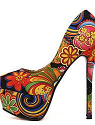 zapato mostrando bombas tacón de aguja de plataforma zapatos de las mujeres