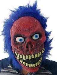 mal cara roja con la máscara de látex de pelo azul para Halloween
