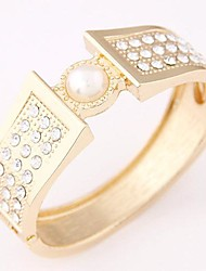 Women's Trend Elegant Simple Alloy Fashion With Imitation Pearl Rhinestone Bracelet