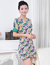 impressão ocasional de manga curta inelástica das mulheres acima vestido joelho (misturas de algodão)