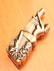 nieuwe vreemde schoonheid omhelzing granaten mes serie bronzen winddicht aanstekers speelgoed