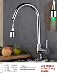 Contemporary Pull-out/­Pull-down Deck Mounted LED with  Ceramic Valve Single Handle One Hole for  Chrome , Kitchen faucet