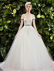 Ball Gown Wedding Dress - White Sweep/Brush Train Off-the-shoulder Lace/Tulle