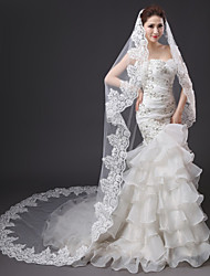 Luxury Wedding Veil One-tier Cathedral Veils Lace Applique Edge