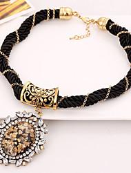 XIUNA Women's European and American Big Exaggeration Temperament Collarbone Chain Necklace