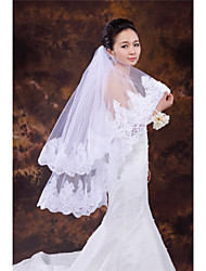 Wedding Veil Two-tier Fingertip Veils Lace Applique Edge Tulle White / Ivory / Beige