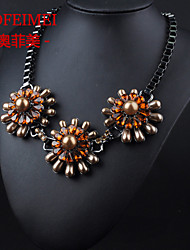 European and American fashion jewelry items Street beat the influx of women clothing accessories pearl flower necklace