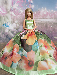 Barbie-Puppe Light Green Fantasic Princess Dress