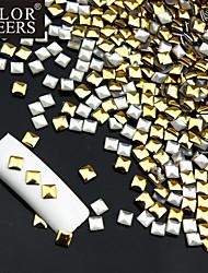 50PCS Golden & Silver Mixed Rivet Nagelkunstdekorationen