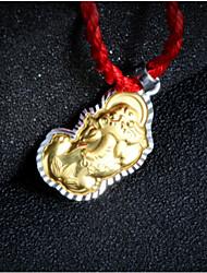 тысячи мелких серебряных золотых тысяч золотой кулон счастливой зла подлинного мирного танца