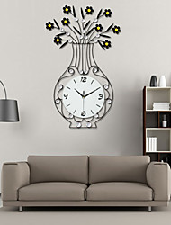 Modern Style Creative Vase Iron Dimond Mute Wall Clock